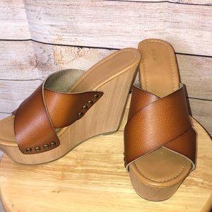 Mossimo Supply Co Tan Summer Wedge Sandal
